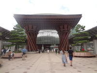 魅力的な金沢駅 - 健康で輝いて楽しくⅢ