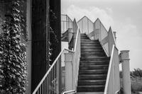 雲に登れそうな階段 - Silver Oblivion
