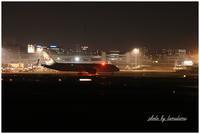 飛行機夜景 - 今日のいちまい