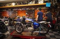 土曜日の授業風景~久しぶりのA65~ - Vintage motorcycle study