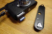 M10ボディケースの改良 ② - 絵で見るカメラ + plus