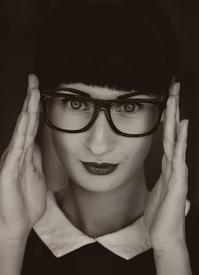 メガネがズリ落ちるのは、鼻が低いから!? - メガネのノハラ イオン洛南店 Staff blog@nohara