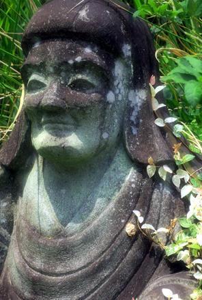 み仏の微笑(8月23日紫雲院寫壇太陽撮影にて」) - シニアデジカメギャラリー