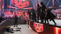 RETRIBUTIONのメンバーについて最新情報 - WWE Live Headlines