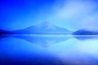 令和2年8月の富士(10)山中湖朝靄の中の富士 - 富士への散歩道 ~撮影記~
