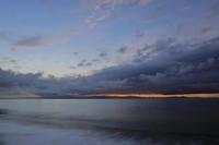 朝の海岸 - 朝の散歩道