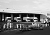 北酒販のビア樽と自粛期間中の消費激減 - 照片画廊