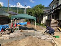 北小野の家/鉄平石小端敷き - 三楽 3LUCK 造園設計・施工・管理 樹木樹勢診断・治療
