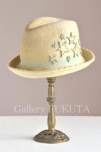 本日から「秋冬の洋服と帽子」展開催です。 - Gallery福田