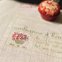 『La rose de Noël』🌺&『シュールな賄い飯』🍚 - 埼玉カルトナージュ教室 ~ La fraise blanche ~ ラ・フレーズ・ブロンシュ