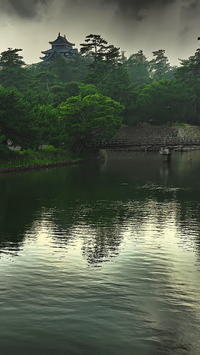 松江城天守閣とお濠 - 風の香に誘われて 風景のふぉと缶