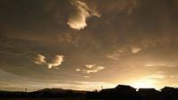 昨日の夕焼け空(ドラマティックな空のかたち) - きょうから あしたへ その2