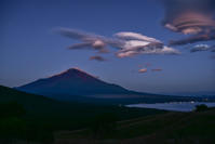 富士山と吊るし雲 - 風とこだま
