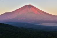 富士山と吊るし雲2 - 風とこだま