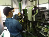 取出し装置の修理 - 東大阪のダイカスト工場の日々。          by 共栄ダイカスト㈱