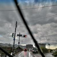 集中豪雨がやってくる - ひねもすのたりの時かいな