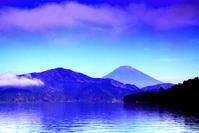 令和2年8月の富士(22)芦ノ湖越しの富士 - 富士への散歩道 ~撮影記~