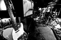 """Rock Band形式で演奏する場合 """"2ndギタリスト"""" は、当分要らないだろう。 - """"レミオロメン・藤巻亮太"""" に """"春よ来い"""""""