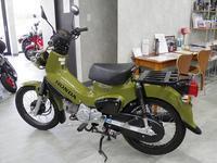 クロスカブのカモフラージュグリーン - バイクの横輪