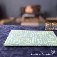 『小さなアイロンボード』moda fabrics🐥 - カルトナージュ教室 ~ La fraise blanche ~ ラ・フレーズ・ブロンシュ