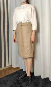 「プリントシャツ2009」「レザースカート2009」試着② - madameH CLOSET