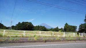 山梨県「忍野八海」富士山も見え、湧水が奇麗でした! - 白い羽☆彡の静岡県東部情報発信・・・PiPiPi♪