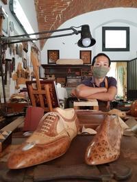 フィレンツェで唯一の木象嵌職人さんにお会いしました - Via Bella Italia ベッライタリア通りから