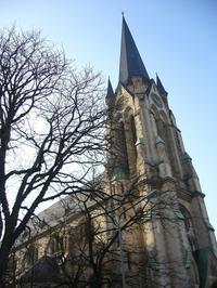 フランクフルトの聖アントニオ教会 - レトロな建物を訪ねて