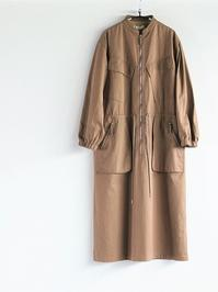 unfilegyptian cotton-twill zip front dress / coyote brown - 『Bumpkins putting on airs』