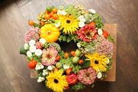 お供え花可愛く - 北赤羽花屋ソレイユの日々の花