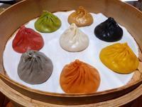 カラフルな小籠包は8種類。私が選んだ味は・・・。 - メイフェの幸せ&美味しいいっぱい~in 台湾