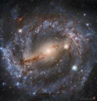 ハッブル宇宙望遠鏡が捉えたおおかみ座の渦巻銀河NGC5643 - 秘密の世界        [The Secret World]