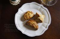 林檎とシナモンのショーソンパイと栗のロトンヌ。 - *Romantic caramel-香草菓子や粉と卵とおうちおやつ*