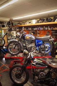 火曜日の授業風景~1から教える~ - Vintage motorcycle study