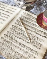 バッハのメヌエット、実は。。♪ - アンティークな小物たち ~My Precious Antiques~