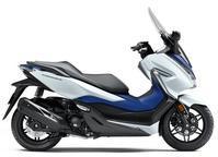 PCX150,FORZA完売! - バイクの横輪