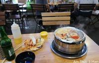 番外-6. 食べるなら外でしょう / Am Thuc 3 Mien - ホーチミンちょっと素敵なカフェ・レストラン100