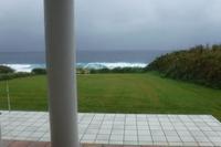 ダークな空と海 - 三宅島風景2