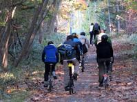 紅葉の支笏湖-千歳ポタリング2020 - ShugakusoCycle(秀岳荘自転車)