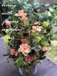 先日の花贈りから〜♬ -  Flower and cafe 花空間 ivory (アイボリー)