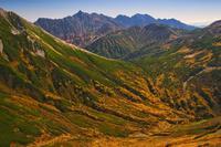 秋染め往く山の旅 - 人生山あり