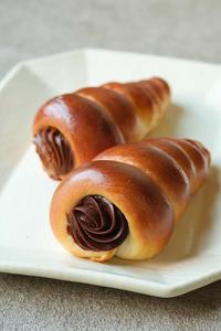 チョココロネと渋皮煮 - bouleな日々
