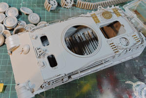 ドラゴン1/35 パンターD型の塗装開始 - ぷんとの業務日報2ndGear