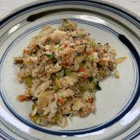 ランチにじゃこを使いました。「シャキシャキ小松菜のじゃこ炒飯」 - おひとりさまの「夕ごはん」