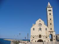 【掲載情報】海辺に建つ大聖堂の街「トラーニ」 - 南イタリア日和~La vita eterna☆☆~