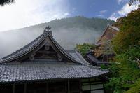 霧の善峯寺 - デジタルな鍛冶屋の写真歩記