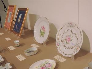 手描き陶磁器の展示会10/29~31 -