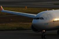 黄昏の関空 - まずは広島空港より宜しくです。