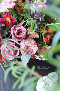 10月Livin flowerクラス「秋のバラとコスモスのアレンジ」 - Le vase*  diary 横浜元町の花教室