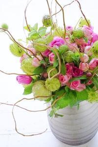 お花屋さん同行レッスンも再開、ようやく日常生活へ(^^♪ - お花に囲まれて